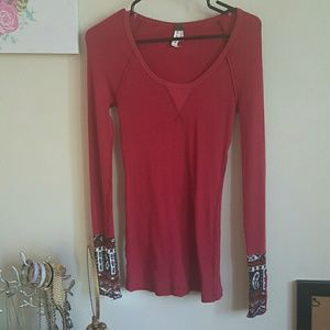 356d57abd6e02a Free People Tops - Free People Hyperactive Studded Cuff Thermal