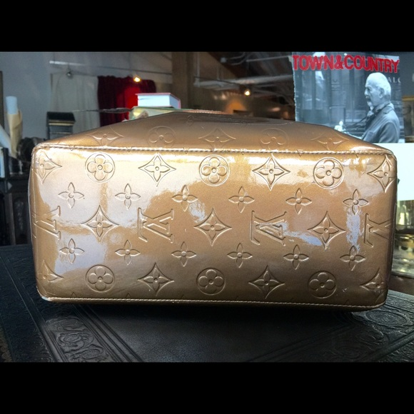 80 off louis vuitton handbags louis vuitton monogram for Monogram miroir