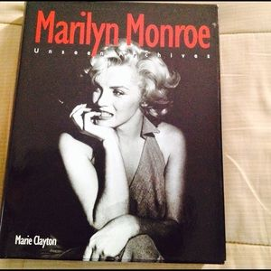 Other - Marylin Monroe Unseen Chives hardcover, collectors