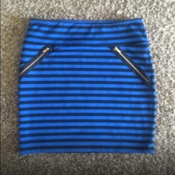 81 xhilaration dresses skirts blue and black