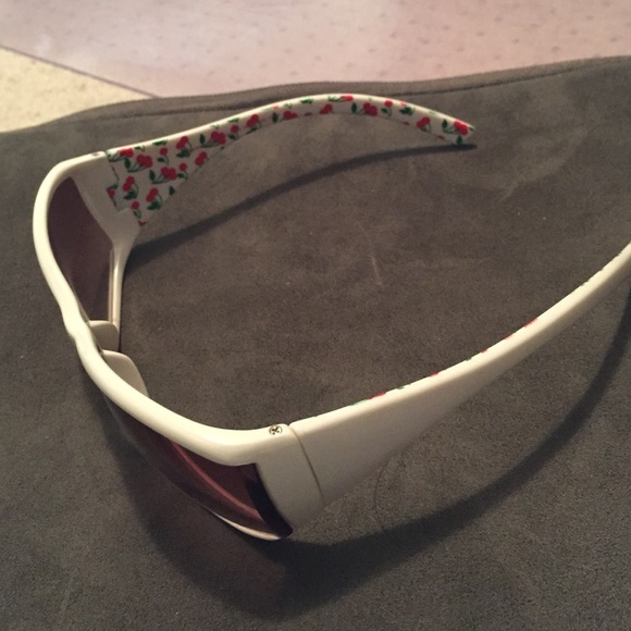 american eagle outfitters american eagle sunglasses from