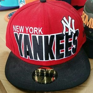 Other - Yankees cap size 7 1/2