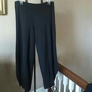 Comfy USA Pants - New COMFY USA BLACK CROP PANTS!