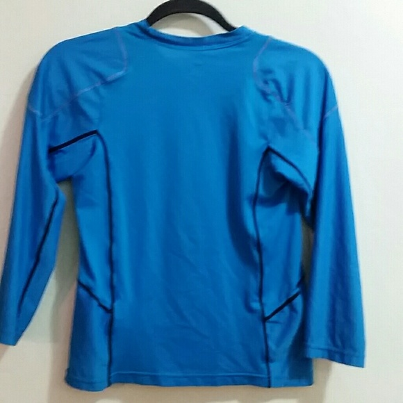 92 off nike tops womens size sp long sleeve nike for Long sleeve running shirt womens