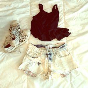 Acid Wash Cut-Off Jean Shorts w/ Floral Pockets
