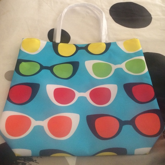 Lisa Perry - Sunglasses themed colorful beach bag from ...