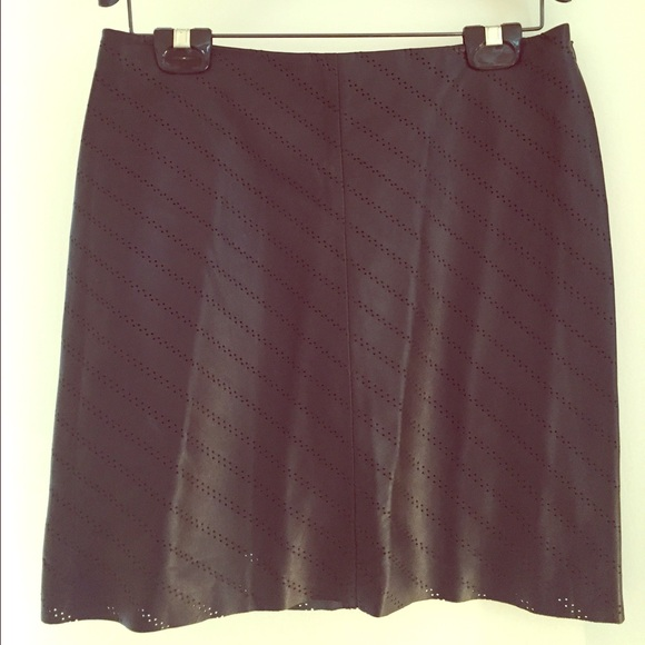 57 tahari dresses skirts elie tahari perforated