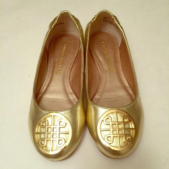 6f0750fdf4 Audrey Brooke Shoes | Gold Flats | Poshmark