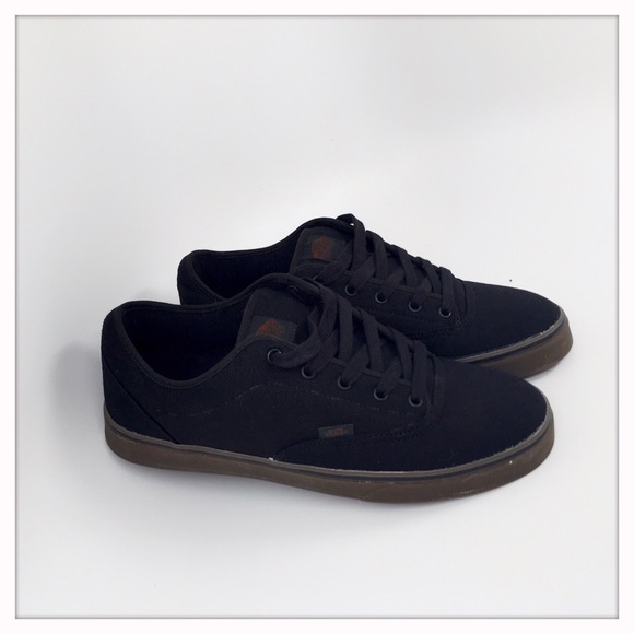 2b1c1d2b78 Vans Other - VANS AV Era 1.5 Black Gum Skate Shoes Men s