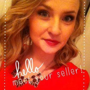 Hufflepuff Other - Meet your Seller!
