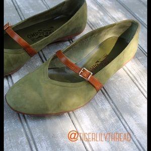 Salvatore Ferragamo Shoes - Vintage Salvatore Ferragamo Verbena Flats