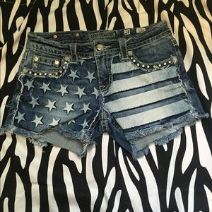 ON HOLDMiss me size 28 flag shorts