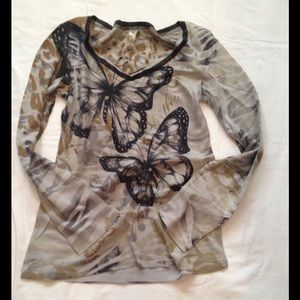 🚫Sold!🚫 Butterfly yogi thermal top