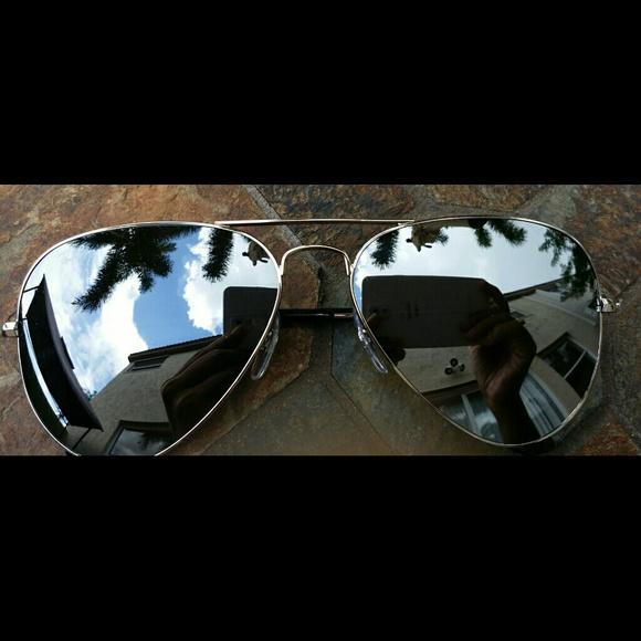 cb0e4f2d7f7d Authentic Ray-Ban Aviator Sunglasses Flash Silver