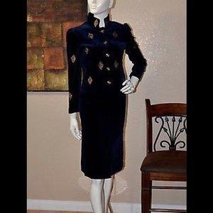 Elegant Louis Feraud Women's Skirt Suit