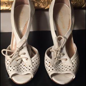 Emporio Armani White Size 7