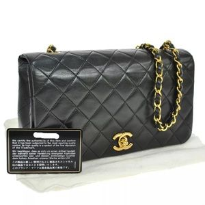 Black lambskin classic single flap gold plated