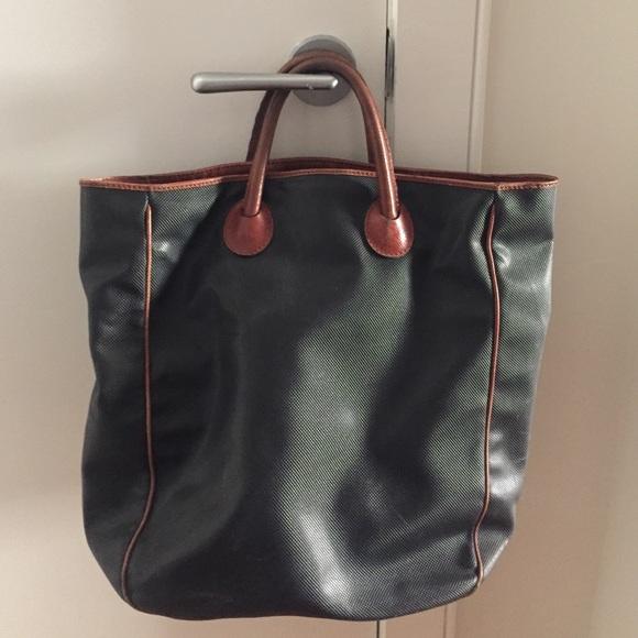 Bottega Veneta Handbags - Vintage Bottega Veneta leather tote bag c36ca7b19e488