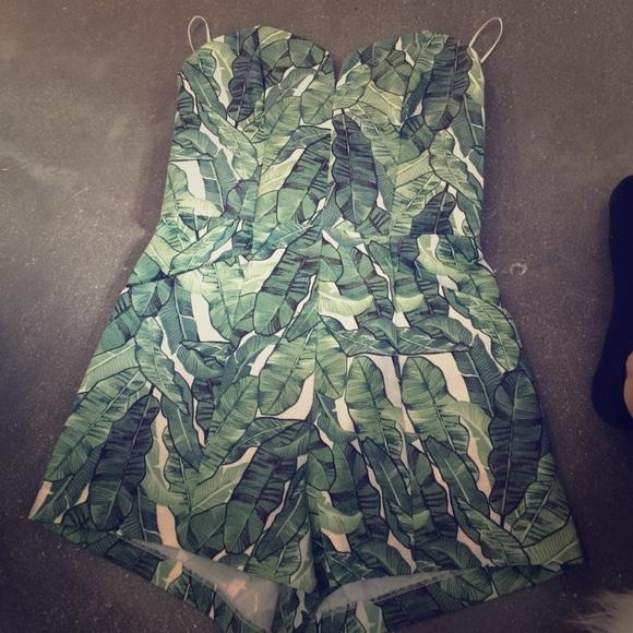 0699b2ea5a4c H M Dresses   Skirts - H m tropical leaf print romper ...