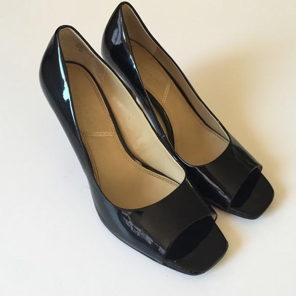 Tahari Shoes   Tahari Square Peep Toe