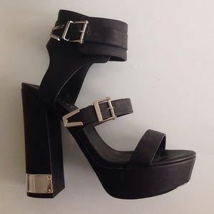Nasty Gal Shoes - Nast Gal Shoe Cult Platforms with Silver Details
