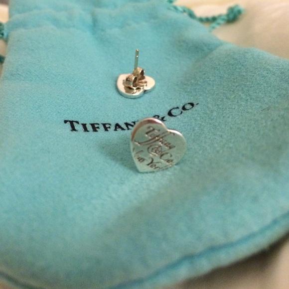 5a8e4a7fd tiffany notes heart earrings