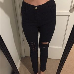 Pants - Black ripped denim
