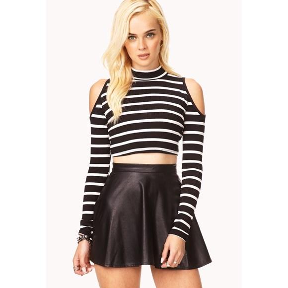 5af44d0526460 Black   White Striped Cold Shoulder Crop Top