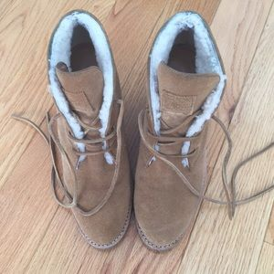 Camel shearling booties