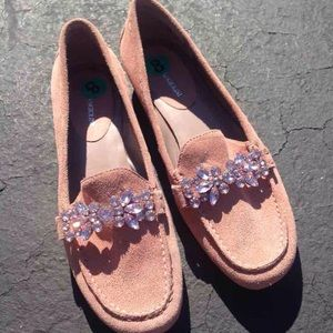 NWT Peach Jeweled Loafers