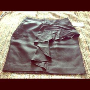 BRAND NEW with TAGS!!! Zara Basic Black Skirt