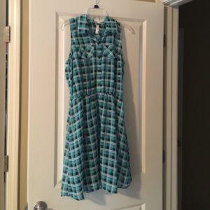 Teal & Black Plaid Dress Collared Button Down