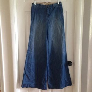 NEVER WORN Anthro wide-leg flare jeans