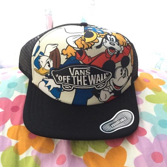 New Disney   Vans trucker hat. M 55c7e8b3568c8978bf00e0e0 a5924bdef13