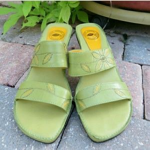 Nurture Shoes - Green Flowery Heels Size 6.5