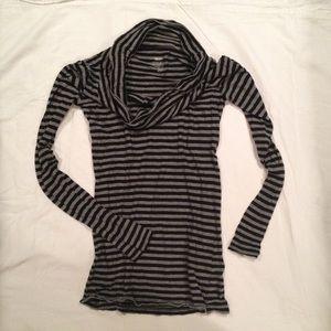 Grey striped top