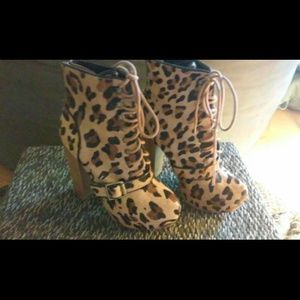 Steve madden cheetah booties