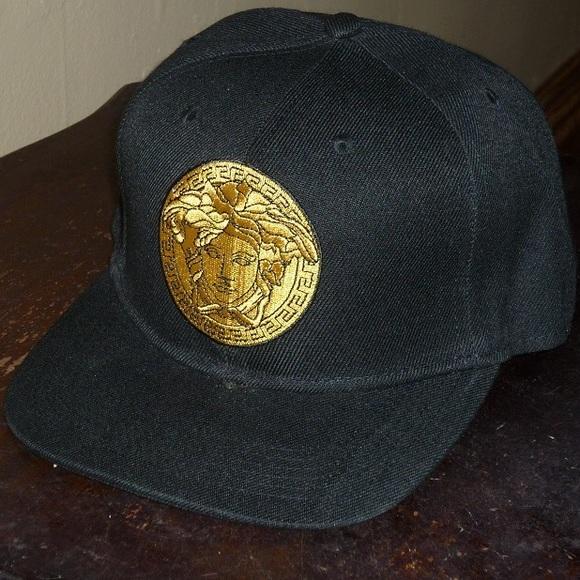 Versace Men s Medusa Gold Medallion SnapBack Hat. M 55c8130472c9c51fa500ffad 332a0aa8085