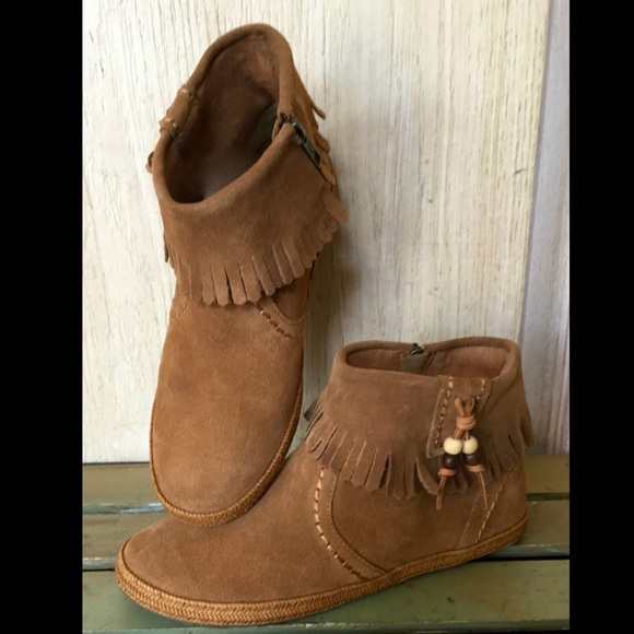 UGG Australia Suede Fringe Boots cheap sale looking for amazing price H0Sc3T