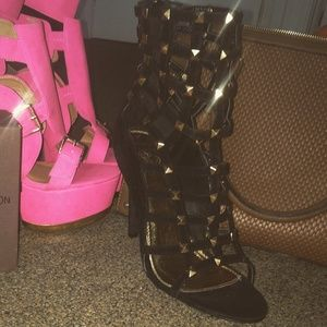 """Shoes - Gold studded bootie 5.5"""" heels SEXY!!!"""