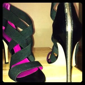 Sergio Rossi Shoes - Sergio Rossi shoes with back zipper detail!
