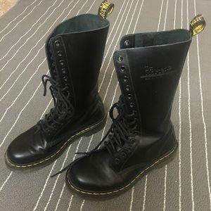 Dr. Martens Shoes - 1914 Doc Martens