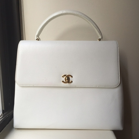 a3e70da0924f CHANEL Handbags - White vintage Chanel bag