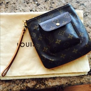Louis Vuitton Handbags - Authentic Louis Vuitton Partition Clutch