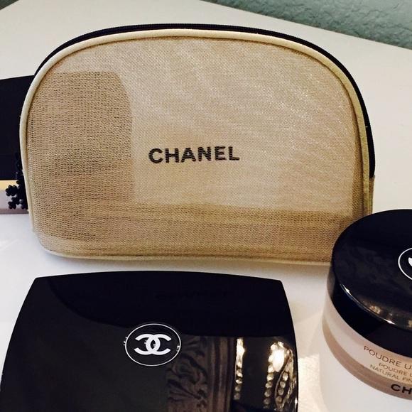 e149376d67d2 CHANEL Accessories | Authentic Gold Mesh Makeup Bag | Poshmark