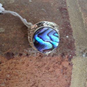 Jewelry - 7.77 CTS  MAGICAL GREEN ABALONE PAUA SEASHELL