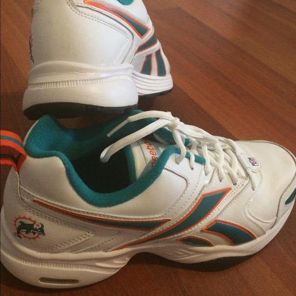 e4ddd60fb961 NFL Miami Dolphins sneakers. M 55c9170ebcfac7028f0144f4