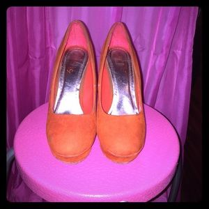 Shoes - Orange heels