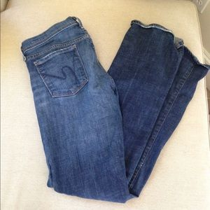 Size 29 medium wash Citizens of Humanity denim.