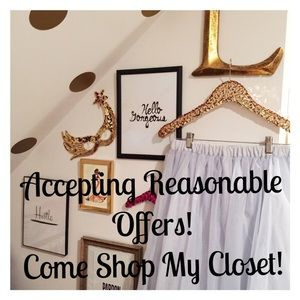 Other - Cleaning out my closet, come shop with me!!